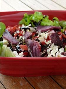 salade-magret-canard-seche-oteiza