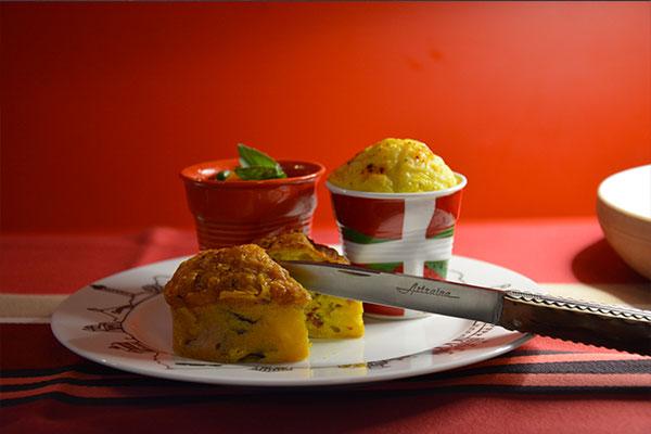 assiette pays basque avec tasse drapeau revol et cake foie gras et magret