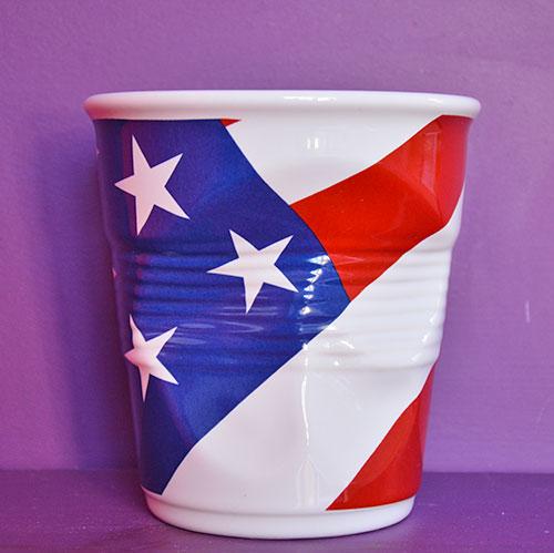 pot ustensiles drapeau USA par revol en porcelaine création béatrice pene pour assiettes et compagnie