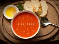 recette du gaspacho sur assiettes et gourmandises
