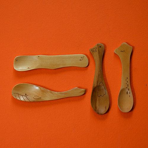 cuillères pour bébé ou pour le café en forme d'animaux, cuillère en bois gravé