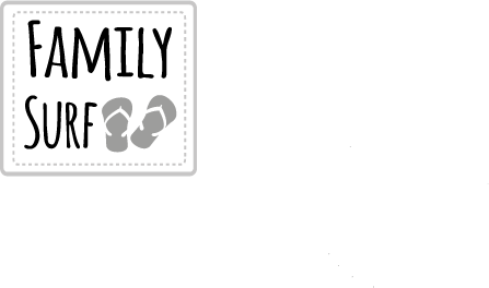 family surf c'est la collection emblématique d'assiettes et compagnie ; on y croise des surfeurs, des enfants sur la plage, des amoureux romantiques et la mer, les vagues ... des dessins originaux sur des porcelaines éditées par la maison Revol et fabriquées en France