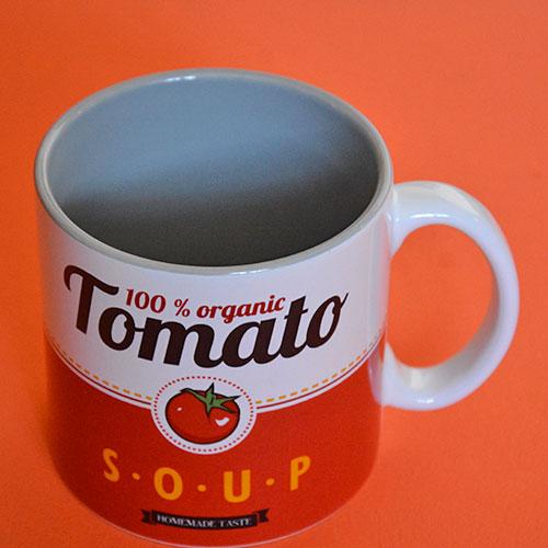 mug tomato qui fait penser aux soupes Campbell, un énorme mug à thé de 500 ml en porcelaine