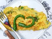 recette d'omelette au piment doux , recette basque sur une assiette basque par assiettes et compagnie