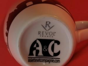 logo Assiettes et Compagnie sur Mug Paris New York