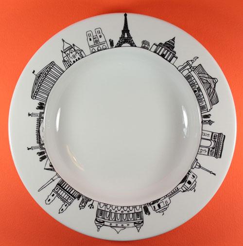 plat paris de la collection carnet de voyages création exclusive pour assiettes et compagnie, dessin par béatrice pene, fabrication française