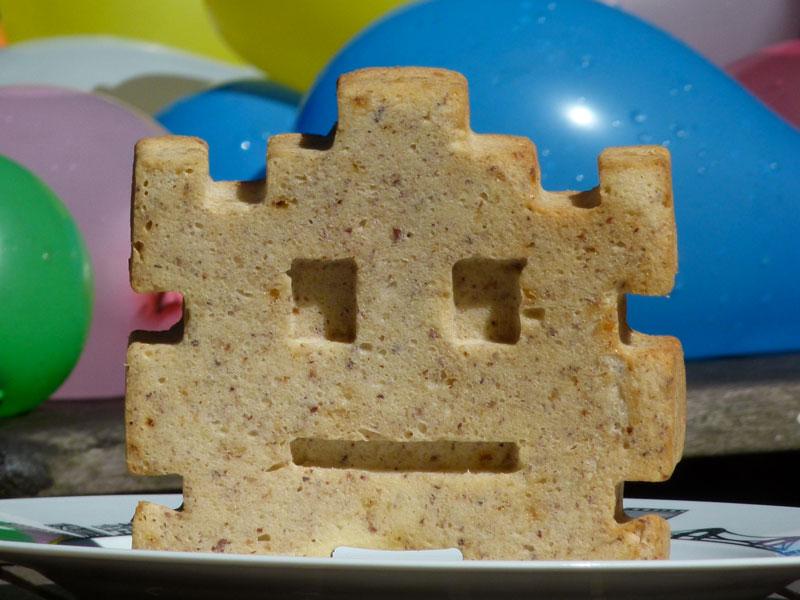 moule space invader sur assiettes et compagnie
