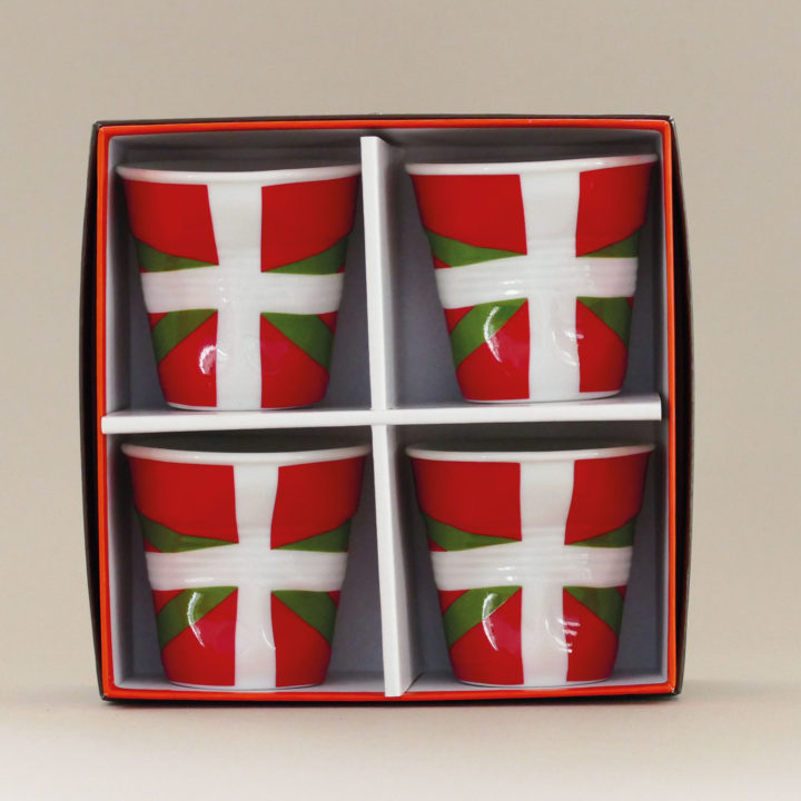 coffret de 4 tasses Pays basque, tasses revol collection flags dessinée par béatrice pene