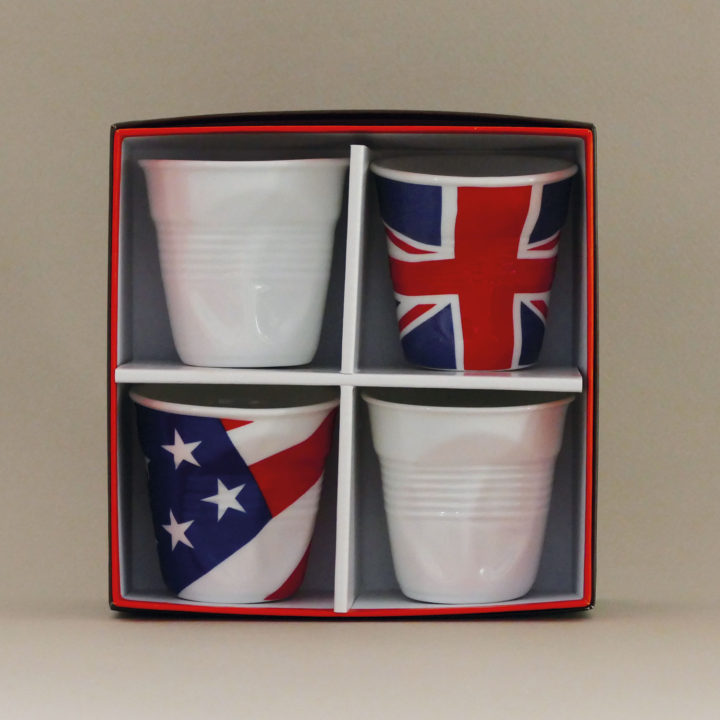 coffret de 4 tasses Flag, tasses revol collection flags dessinée par béatrice pene