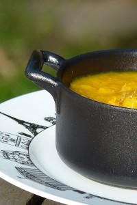 soupe-chou-cocotte-revol-assiette-paris
