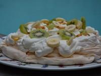 pavlova banane kiwi litchi et fruit de la passion