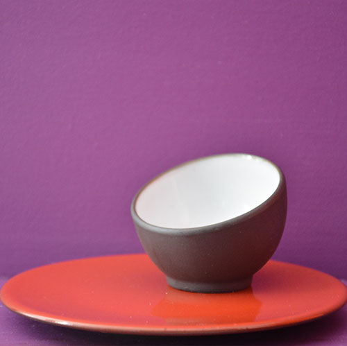 assiette-ronde-mise-en-bouche-rouge-revol-collection-2014