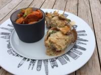 Saltimbocas alla romana assiette New York et légumes épices sur assiettes et gourmandises