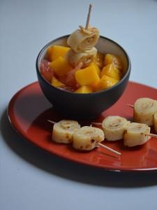 salade de fruits dans assiette et bol revol 2014 collection avec mangue et pamplemousse