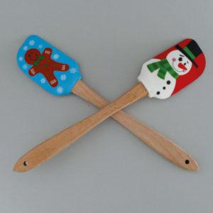 spatule en bois et silicone avec un magnifique bonhomme de neige, une sélection d'Assiettes et cie