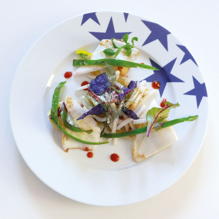 assiettes étoiles bleues de la collection bleu par assiettes et compagnie