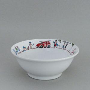 coupelle family surf par assiettes et compagnie, éditée par la maison revol, porcelaine made in france; création originale d'assiettes et compagnie