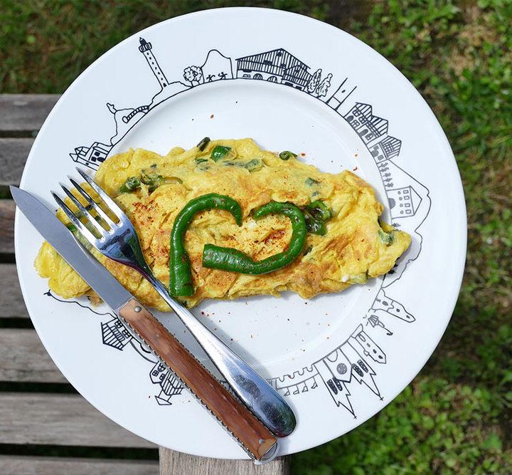 omelette-piment-doux-assiette-basque