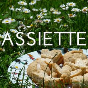 tous nos modèles d'assiettes en porcelaine sont fabriqués par la maison Revol - design par béatrice Lassus Pene pour Assiettes et compagnie