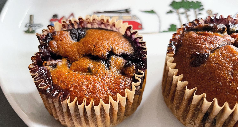 muffins myrtilles recette vegane sur assiettes et compagnie présentation sur assiette la plage